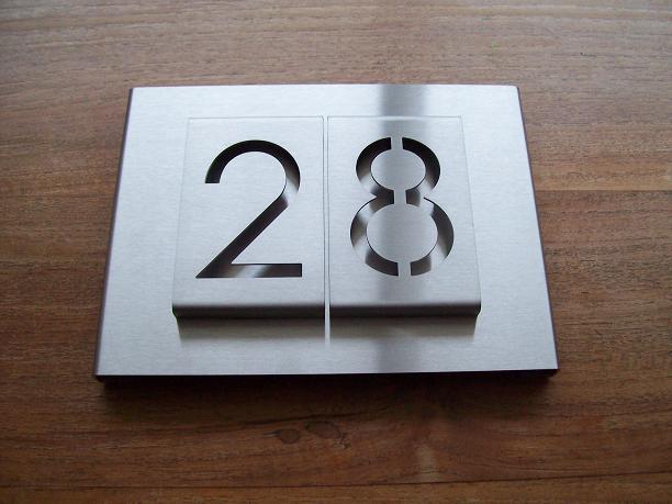 Rvs huisnummer bord lasergesneden