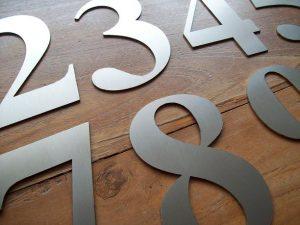 Losse huisnummers in grote hoeveelheden